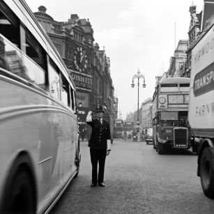 Sulle strade di Londra (fine anni '50)
