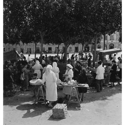 Suschitzky - Cagliari, mercato in piazza Garibaldi, 1948