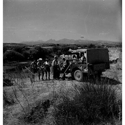 Suschitzky - Squadra di operai e automezzo ERLASS, 1950