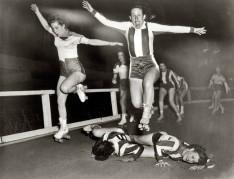 Campionato di pattinaggio femminile a New York. [March 10, 1950]