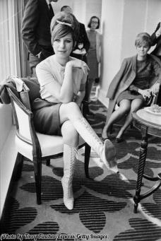 Sono semplice, complessa, generosa, egoista, poco attraente, bella, pigra, attiva - Barbra Streisand 1966