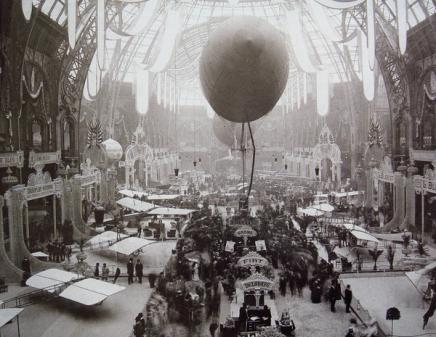 Parigi, mostra di macchine volanti, 1909
