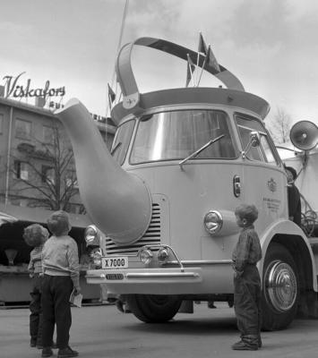 Camion caffettiera, 1956