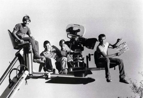 Corey Feldman, Jerry O'Connell, Wil Wheaton E River Phoenix sul set di Stand By Me