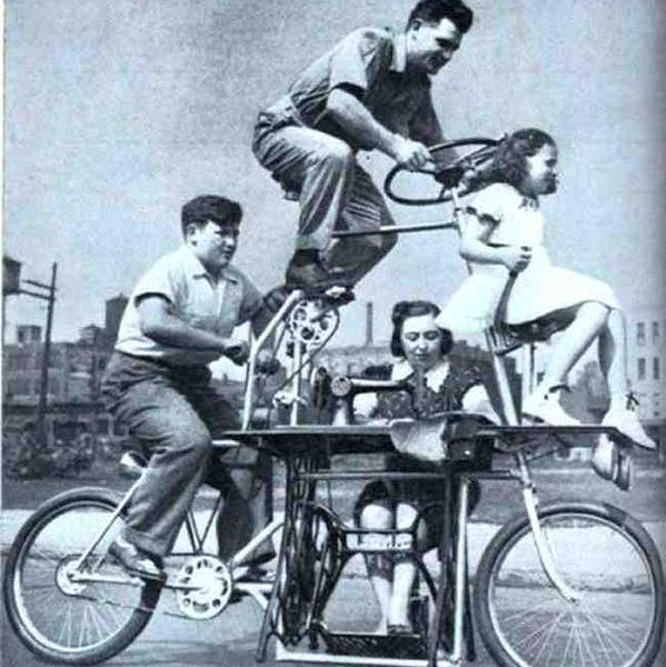 Una bicicletta per tutta la famiglia. 1939