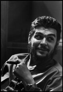 Che Guevara, Havana, Cuba, 1964 (Foto di Elliott Erwitt)