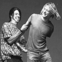 Dave Grohl e Kurt Cobain si divertono