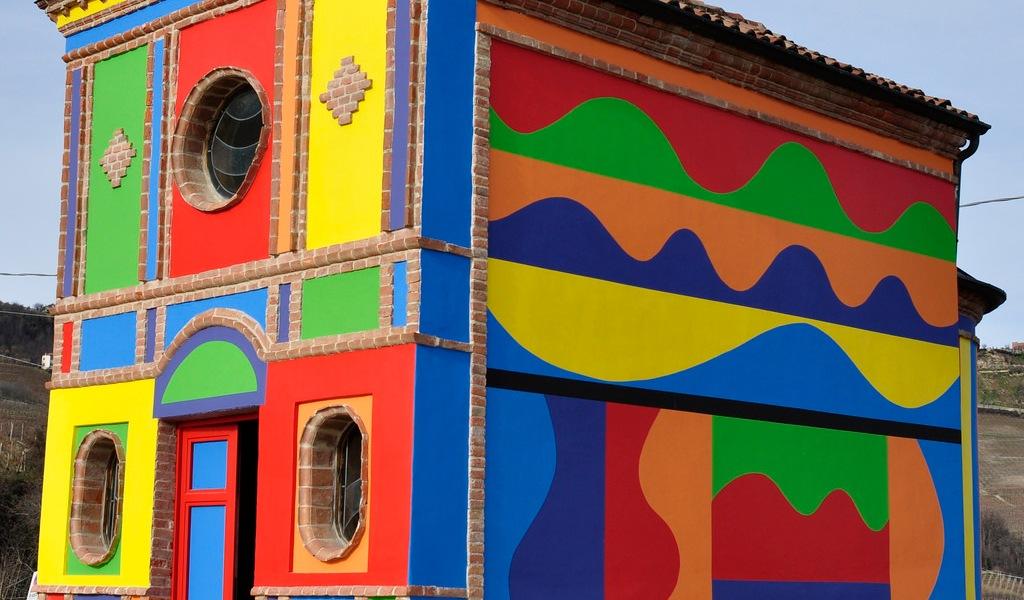 David Tremlett - Cappella Delle Brunate, La Morra, Barolo, Italy, 2008