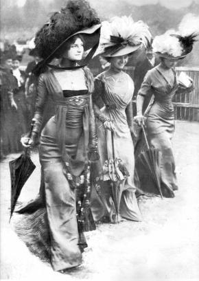 Fashion al Longchamp Racing, Parigi, 1908