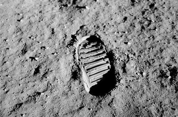 Orma sulla luna