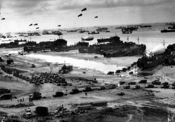 Foto dello sbarco delle truppe alleate in Normandia Francia. 1944