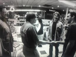 John Goodman e Steve Buscemi incontrano John Turturro sul set di The Big Lebowski