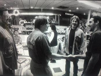 John Goodman e Steve Buscemi incontrano John Turturro sul set di The Big Lebowski