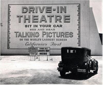 Primo teatro drive-in a Los Angeles (e in California), 1935