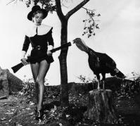 Marilyn Monroe con un tacchino, 1950