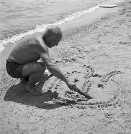 Pablo Picasso fotografato da Willy Rizzo, anni '60