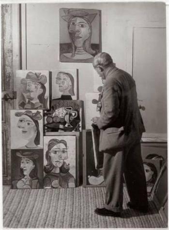 Pablo Picasso e i ritratti di Dora Maar. Fotografia di Brassaï 1939.