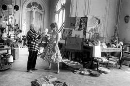 Picasso nel suo studio