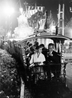 Disneyland, 1961. Fotografia di Ralph Crane
