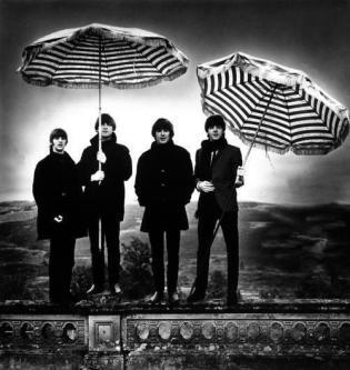 Ringo, John, George e Paolo. Fotografia di Robert Whitaker