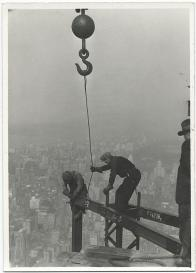 L'Empire State Building in costruzione, 1 Maggio 1931