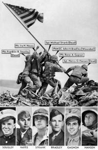 Gli uomini che hanno sollevato la bandiera su Iwo Jima nella foto iconica di Joe Rosenthal dal 1945