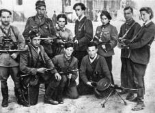 Un vero e proprio team di assassini ebrei chiamati ''The Avengers'' rintracciavano e giustiziavano criminali di guerra nazisti dopo la Seconda Guerra Mondiale