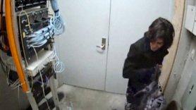 Le riprese di Aaron Swartz nello scantinato del MIT