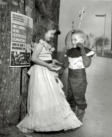 Il piccolo bambino spaziale dell'Oklahoma ottiene un appuntamento, 1957