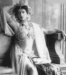 Mata Hari - Spia della Prima guerra mondiale giustiziata per tradimento