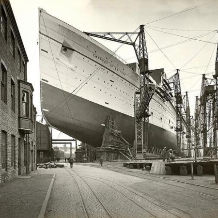RMS Empress of Britain in costruzione, 1931