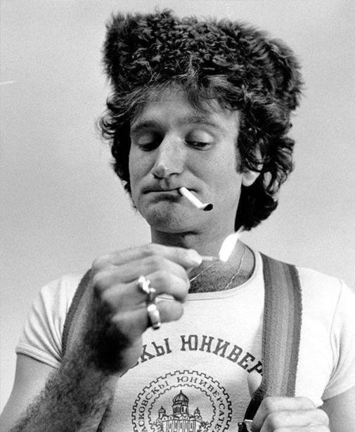 Robin Williams, 1977