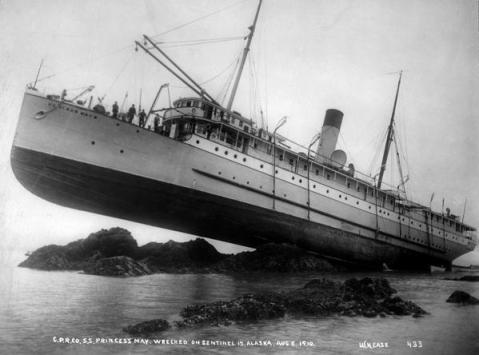"""Relitto dell """"Princess May"""" in Alaska, 1910"""