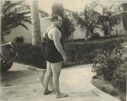 Al Capone in costume da bagno a Palm Island, Florida, 1929