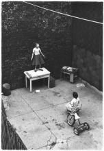 Ciò che serve è almeno una persona nel pubblico, 1955