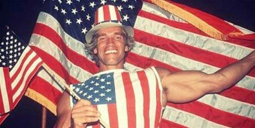 Arnold Schwarzenegger, il giorno in cui ha ricevuto la cittadinanza americana