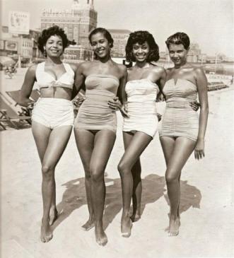 Bellezze da spiaggia, anni '50