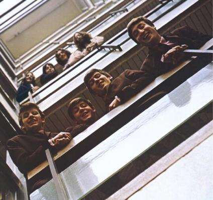 Stessa foto dei Beatles nel 1962 e nel 1969