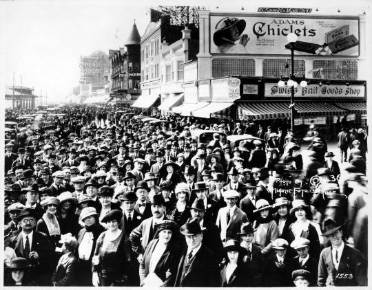 Passerella. Atlantic City. 1921