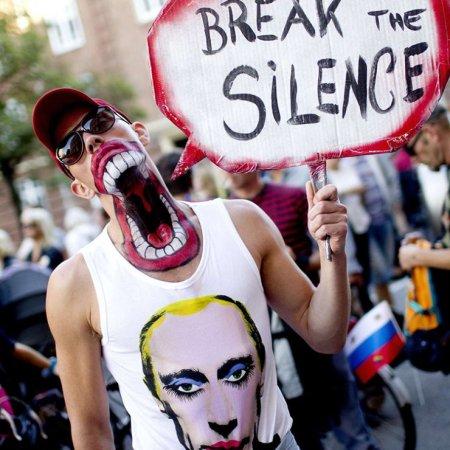 Protesta contro la nuova legge russa sull'omosessualità a Copenhagen
