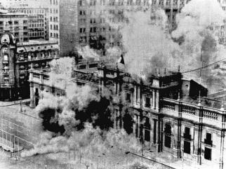 Cile 1973. Colpo di stato militare. Bombardamenti sul palazzo La Moneda
