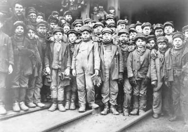 Minatori di carbone durante la rivoluzione industriale