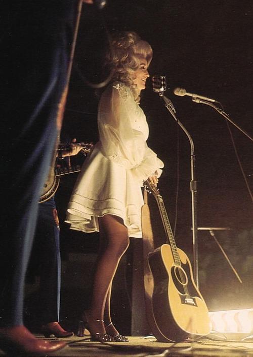 Dolly Parton in scena nel 1960