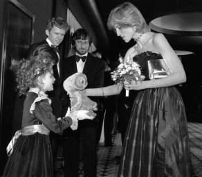 Drew Barrymore, Steven Spielberg, Robert McNaughton e la principessa Diana