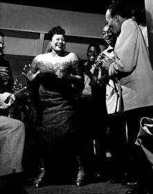 Ella alle prese col mambo! c. 1954