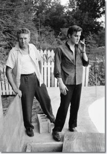 Elvis con suo padre Vernon Presley