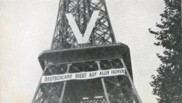 La Germania è vittoriosa su tutti i fronti. La Torre Eiffel durante l'occupazione nazista del 1940