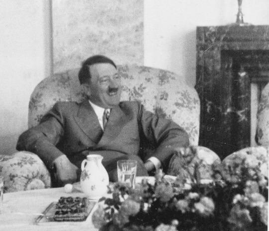 Hitler gusta tè e dolci a Mooslahnerkopf Teehaus