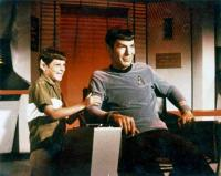 Leonard Nimoy e suo figlio Adam c. 1965