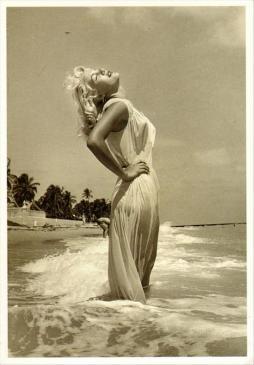Marilyn in spiaggia